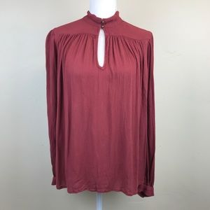 3/$30 - Lucky Brand Keyhole Peasant Top